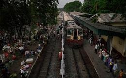Tuyến xe lửa thú vị: Chở 100.000 lượt khách mỗi ngày và chỉ chạy quanh thành phố
