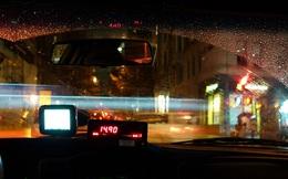 Chuyến taxi lúc 4 giờ sáng và 34 nghìn đồng tiền thừa gây thị phi