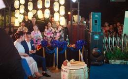 Minh Vân và Sơn của phim Sống chung với mẹ chồng thân thiết tại sự kiện