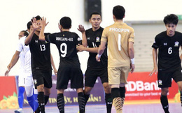 """Vùi dập đối thủ, Thái Lan """"tọa sơn quan hổ đấu"""" chờ Việt Nam đấu Malaysia"""