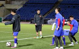 Các thủ môn hoạt động hết công suất trong buổi tập cuối cùng của ĐT Việt Nam