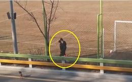 """Hình ảnh gây thắc mắc của Xuân Trường trong ngày Gangwon """"hụt bước"""""""