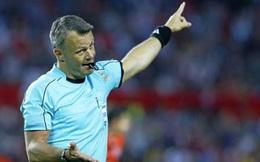 """Barca mơ cổ tích: Trọng tài lại gây """"bão"""", nghi UEFA giúp sức"""