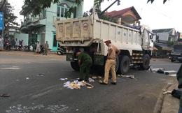 Bình Dương: Người dân nâng bánh xe ben, đưa thi thể người phụ nữ dưới gầm ra ngoài