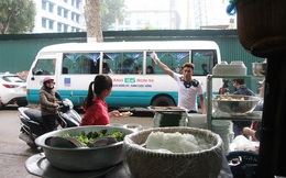 Quán bún chả trên xe khách giữa trung tâm Hà Nội đã bị di dời