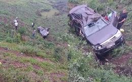 Quảng Ninh: Ô tô lao xuống vực, 4 người nước ngoài bị thương
