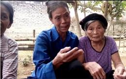 Vụ vợ bí thư thôn, vợ trưởng thôn nhận quà lũ lụt: 6 gói mì tôm phát cho dân làm 2 lần!