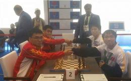 Tuyển cờ vua Việt Nam xuất sắc, tiếp tục thắng đậm Trung Quốc