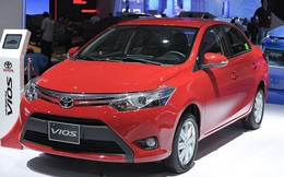 Hàng loạt ô tô Toyota tại Việt Nam giảm giá mạnh trăm triệu