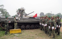 Tập huấn về huấn luyện và sử dụng tên lửa chống tăng B72 trên xe BMP-1