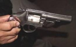 """Xóa sổ ổ côn đồ hung hãn do Tới """"hen"""" cầm đầu: Kỳ 1 - Vụ nổ súng kinh hoàng ở quán gội đầu"""