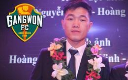 Dù mệt mỏi, Xuân Trường vẫn xuất hiện bảnh bao trong lễ ra mắt Gangwon FC