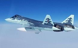 Siêu tiêm kích Su-57 bắt đầu cất cánh với vũ khí mới