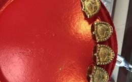 Quảng Ninh: Bắt đối tượng lừa đảo bán trang sức vàng giả