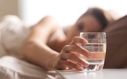 """Ly nước đầu tiên sau khi ngủ dậy: Uống nhầm những loại này cẩn thận """"tiền mất tật mang""""!"""
