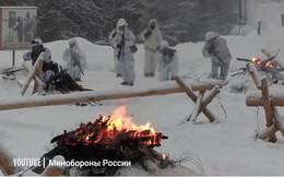 Video: Lính thủy đánh bộ Nga tập trận trong băng tuyết