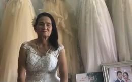 Nghệ An: Cô dâu 70 tuổi thử váy cưới khiến cư dân mạng xôn xao
