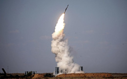 """Mỹ, Israel """"sốc nặng"""" vì Nga đưa S-300 cho Iran vận hành ở Syria?"""
