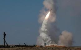 """Chuyển giao xong S-300, Nga sẽ đánh lùi Mỹ để ở lại Syria """"vĩnh viễn""""?"""