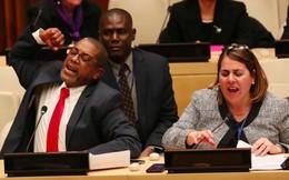 Các nhà ngoại giao Cuba đập bàn để phản đối chính sách Mỹ