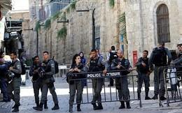 """Nữ cảnh sát Israel bắn một người Palestine không vũ trang từ sau lưng """"cho vui"""""""