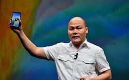 CEO Bkav Nguyễn Tử Quảng sẽ trao những chiếc Bphone 3 đầu tiên đến tay khách hàng