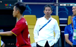 Ném bay tôn chỉ của thầy, Việt Nam thua đau trước Jordan