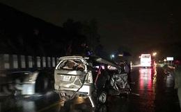Tai nạn dây chuyền, một người tử vong kẹt trong xe
