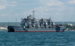 """Tàu """"già nhất"""" Hải quân Nga ra khơi: Thật kinh ngạc, nó vẫn hoạt động được!"""