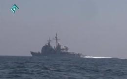 """Tàu tấn công Iran như """"ruồi bu"""" quanh tàu khu trục Anh: Chạm trán nảy lửa ở Vịnh Persian"""