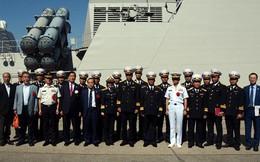 Tàu 015-Trần Hưng Đạo cập cảng Sakai, Nhật Bản