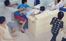 Đang lấy thông tin bệnh nhân, một y sĩ ở Phú Quốc bị đánh