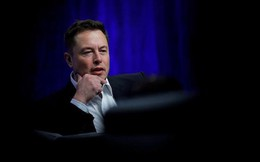 Elon Musk đã tự cách chức mình ở Tesla