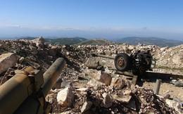 Phiến quân bất ngờ dồn dập ném bom, phóng tên lửa vào quân đội Syria