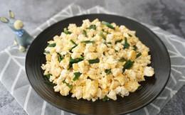 Không ngờ khi kết hợp đậu phụ và trứng lại có thể làm ra 1 món ăn ngon tới vậy