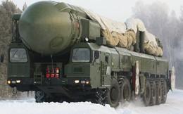 """""""Cánh tay chết"""" Nga sẽ vô dụng nếu nổ ra xung đột quân sự với Mỹ: Chuyên gia nói gì?"""