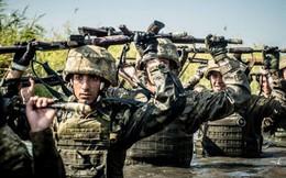 """Ukraine bày mưu tính kế siết chặt Azov: Kiev """"đánh thốc"""" Donbass từ phía biển?"""