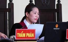 Nữ chủ tọa xử vụ ông Phan Văn Vĩnh: 'Bị cáo không phải chào Hội đồng xét xử'
