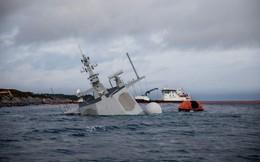 Video: Khu trục hạm Na Uy bị tàu chở dầu đâm rách thân sắp chìm hẳn