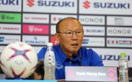 """Tiết lộ """"nhân vật bí ẩn"""" của đội tuyển, HLV Park Hang-seo đáp trả đanh thép đối thủ"""