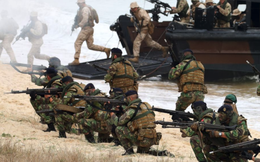Đại tá Nga: Xe thiết giáp bơi không nổi, máy bay thiếu thốn, Nga sao xâm lược nổi Na Uy?