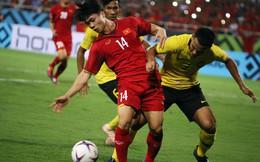 """Fan Đông Nam Á phẫn nộ khi cầu thủ Malaysia """"tung đòn"""" với Công Phượng"""