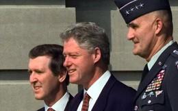 """Vụ bê bối được giấu kín ở Mỹ: Mã hạt nhân từng """"không cánh mà bay"""" dưới thời ông Clinton"""