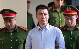 Phan Sào Nam khóc nói: Vợ con đang ở nhà thuê, 3 con được ông bà nuôi, nhà đã bán hết