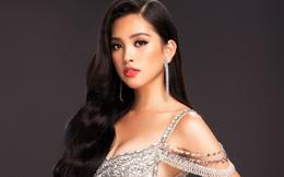 Hoa hậu Tiểu Vy khoe body nóng bỏng khi diện đồ dạ hội kiêu sa
