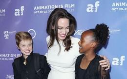 """Brad Pitt: """"Angelina Jolie đang thao túng các con"""""""
