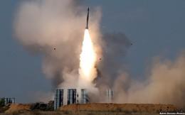 """Mỹ """"bơm"""" vũ khí cho Israel: Iran sẽ không còn nghĩ S-300 là """"món quà"""" Nga tặng?"""