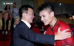 """Ông bầu quyền lực của bóng đá Việt rạng rỡ trong ngày đứa """"con cưng"""" tỏa sáng"""