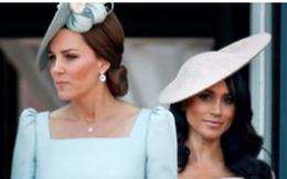 """Tiết lộ gây sốc về quan hệ """"bằng mặt không bằng lòng"""" giữa Kate và em dâu, khiến Meghan phải chuyển ra khỏi cung điện"""