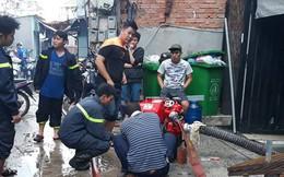 TP HCM huy động gần 700 người đi nạo cống thoát nước, vớt rác trong bão số 9